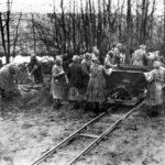 Donne al lavoro nel campo di Ravensbruck (Bundesarchiv)