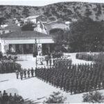 Rassegna di unità della divisione Acqui sulla piazza del tribunale di Argostoli (Cefalonia)
