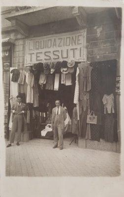 Il negozio di tessuti della famiglia Sonnino, per gentile concessione della famiglia