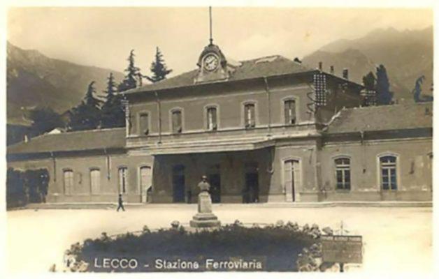La stazione di Lecco, luogo nevralgico sia per le rete di salvataggio legata alla Croce Rossa sia per quella legata al Partito d'azione